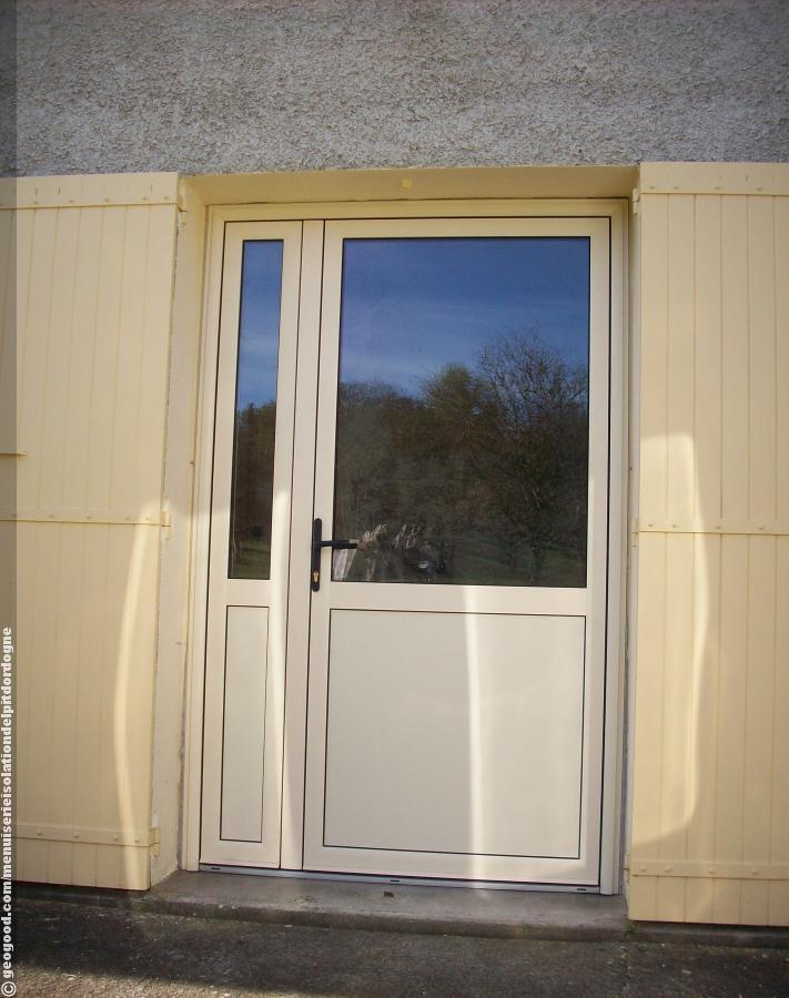 menuiserie isolation delpit dordogne photos menuiserieisolationdelpitdordogneporte fenetre. Black Bedroom Furniture Sets. Home Design Ideas